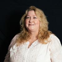 Leigh Marsh : Associate Pastor
